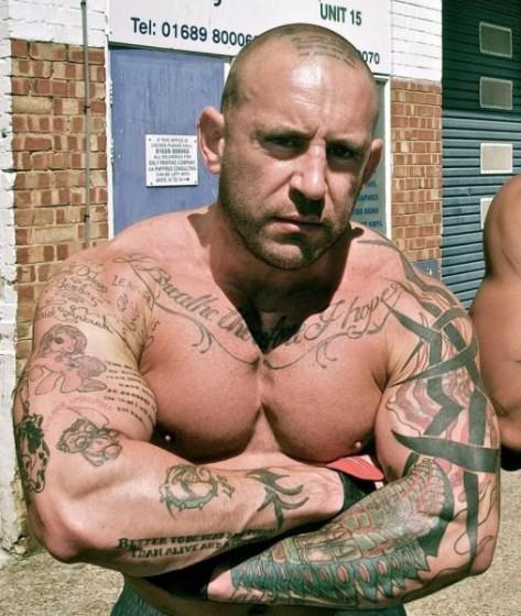 Részegen ne tetováltass
